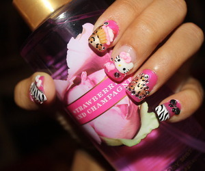 nails, hello kitty, and pink image