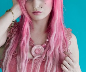 audrey kitching, model, and scene hair image