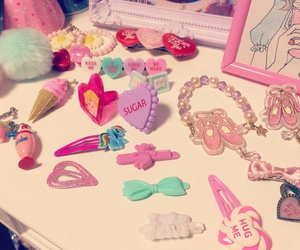 accessories and pastel image