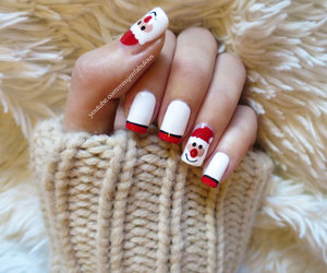 T and nails santa nailart image