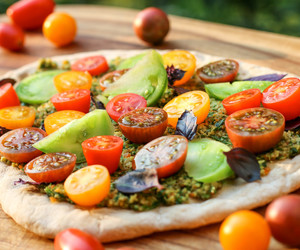 pizza, healthy, and vegan image