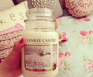 candle, girl, and yankee candle image