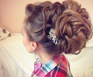girl, swag, and hairstyle image