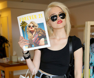 forever 21, pale, and sky ferreira image