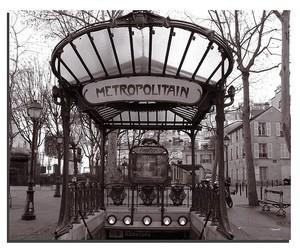 paris and metro image