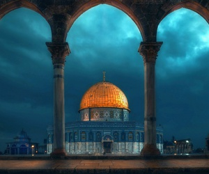 mosque, architecture, and Jerusalem image