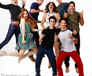 smile, teen wolf, and friends image