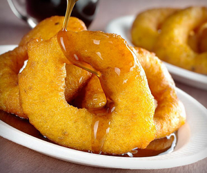 peruvian food and picarones image
