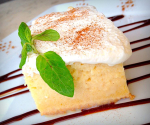 tres leches and peruvian food image