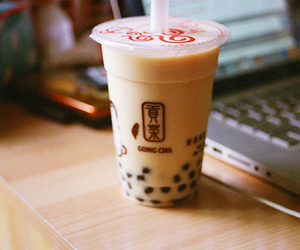 bubble tea, drink, and coffee image
