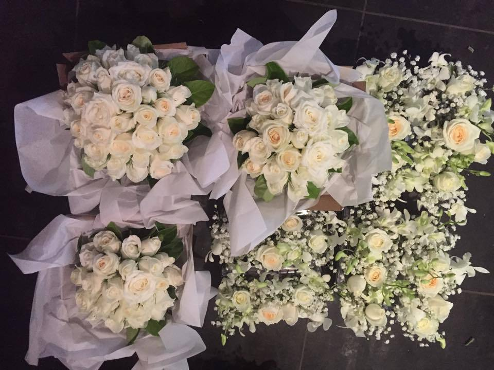 flowers, wedding bouquets, and roses image