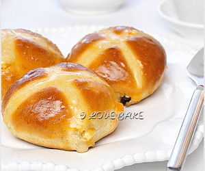 buns, Hot, and cross image