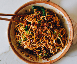 noodles, chinese, and meat image