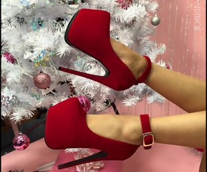 christmas tree, red, and shoes image