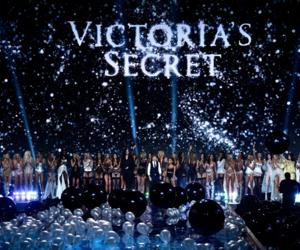 Victoria's Secret and fashion show image