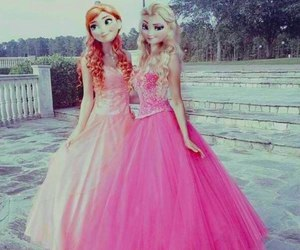 cool and elsa queen image