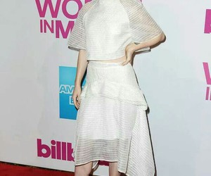 hayley williams, red carpet, and paramore image