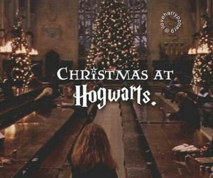 hogwarts, christmas, and harry potter image