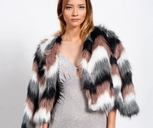 chic, fall, and fur image