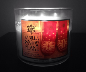 candle, yummy, and bath and body works image