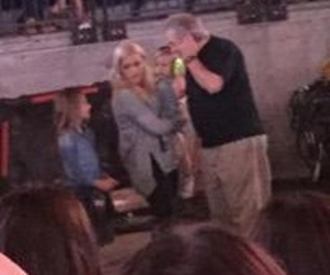 tomlinson, lottie, and one direction image