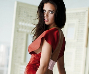 Adriana Lima, hairstyle, and fashion image