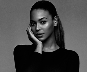 beyoncé, black and white, and queen b image