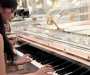 Dream, instrument, and pianist image