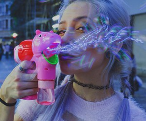 girl, bubbles, and grunge image