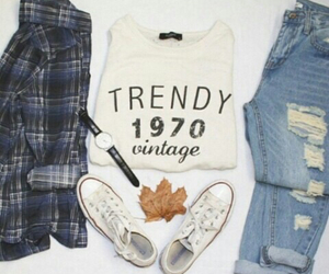 autumn, outfits, and shirt image