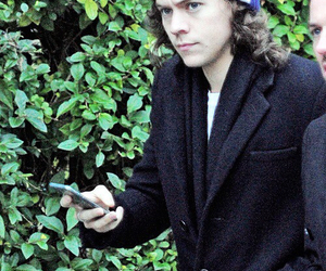 Harry Styles, one direction, and beanie image