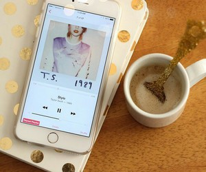 Taylor Swift, style, and coffee image
