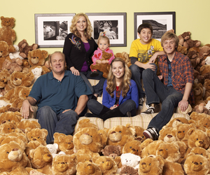 family and good luck charlie image
