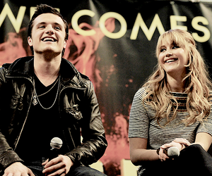 josh hutcherson, Jennifer Lawrence, and the hunger games image