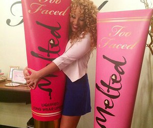 curly hair, too faced, and jadahdoll image