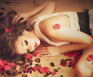 girl, hair, and roses image