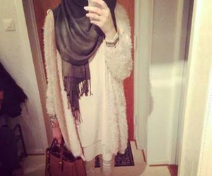 hijab and fashion image