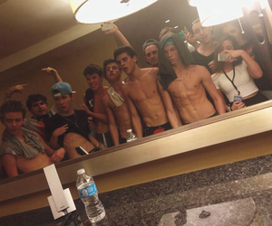 magcon, cameron dallas, and taylor caniff image