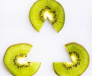 kiwi, triangle, and food image