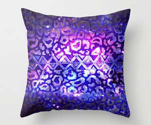 throw pillow image