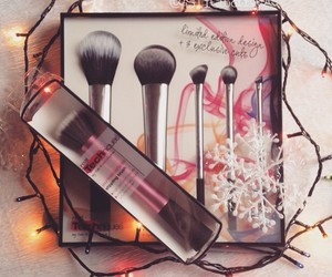christmas, makeup brush, and make up image