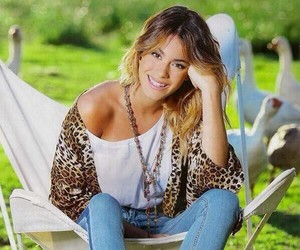 martina and stoessel image
