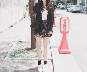 fashion, clothes, and ulzzang image