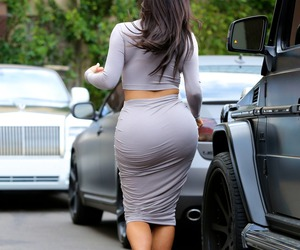 kim kardashian, grey, and woman image