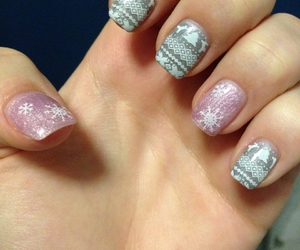 nails, winter, and norwegenstyle image