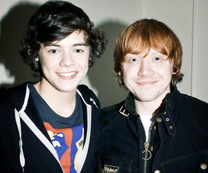 Harry Styles, one direction, and rupert grint image