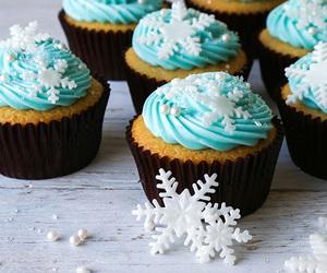 cupcake, food, and winter image