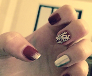 happy, nails, and winter image