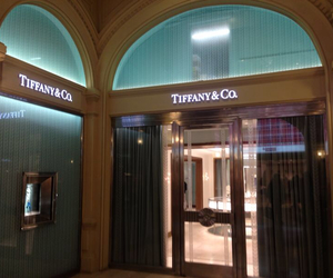 shop, vogue, and tiffany&co image