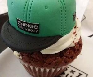cupcake and SHINee image